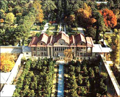 مقاله ای کامل در مورد باغ های ایرانی ۱۲۰ صفحه + پاورپوینت ۴۱ اسلاید